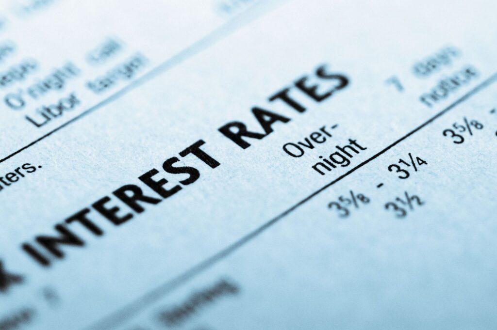 Lãi suất trái phiếu chịu những tác động nào